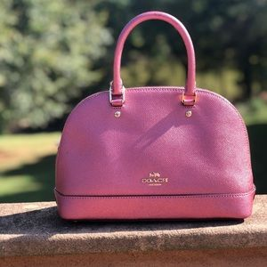 Mauve Coach Purse w/ crossbody strap